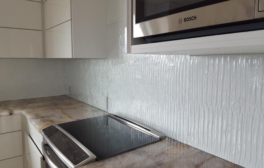 Backsplash flux glass for Textured backsplash